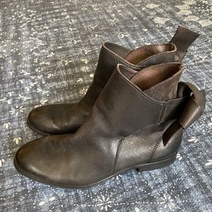 H by Hudson Etty Boots 6